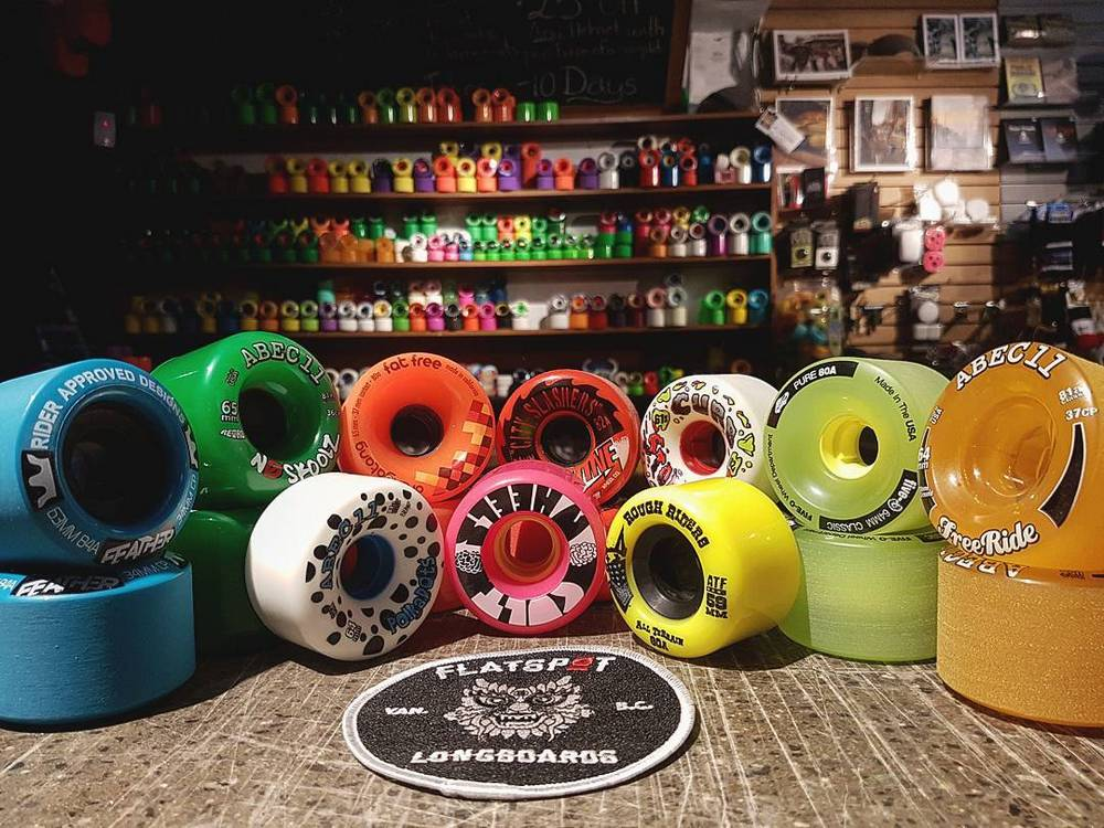 Color for longboard wheels