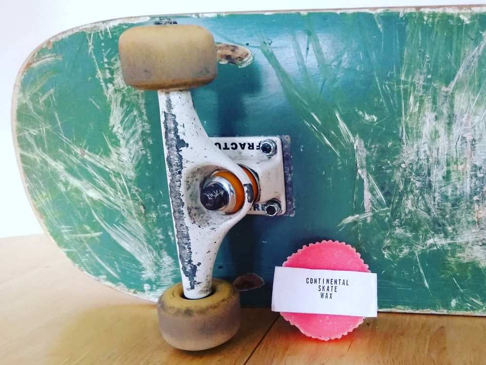 DIY Skateboard Wax