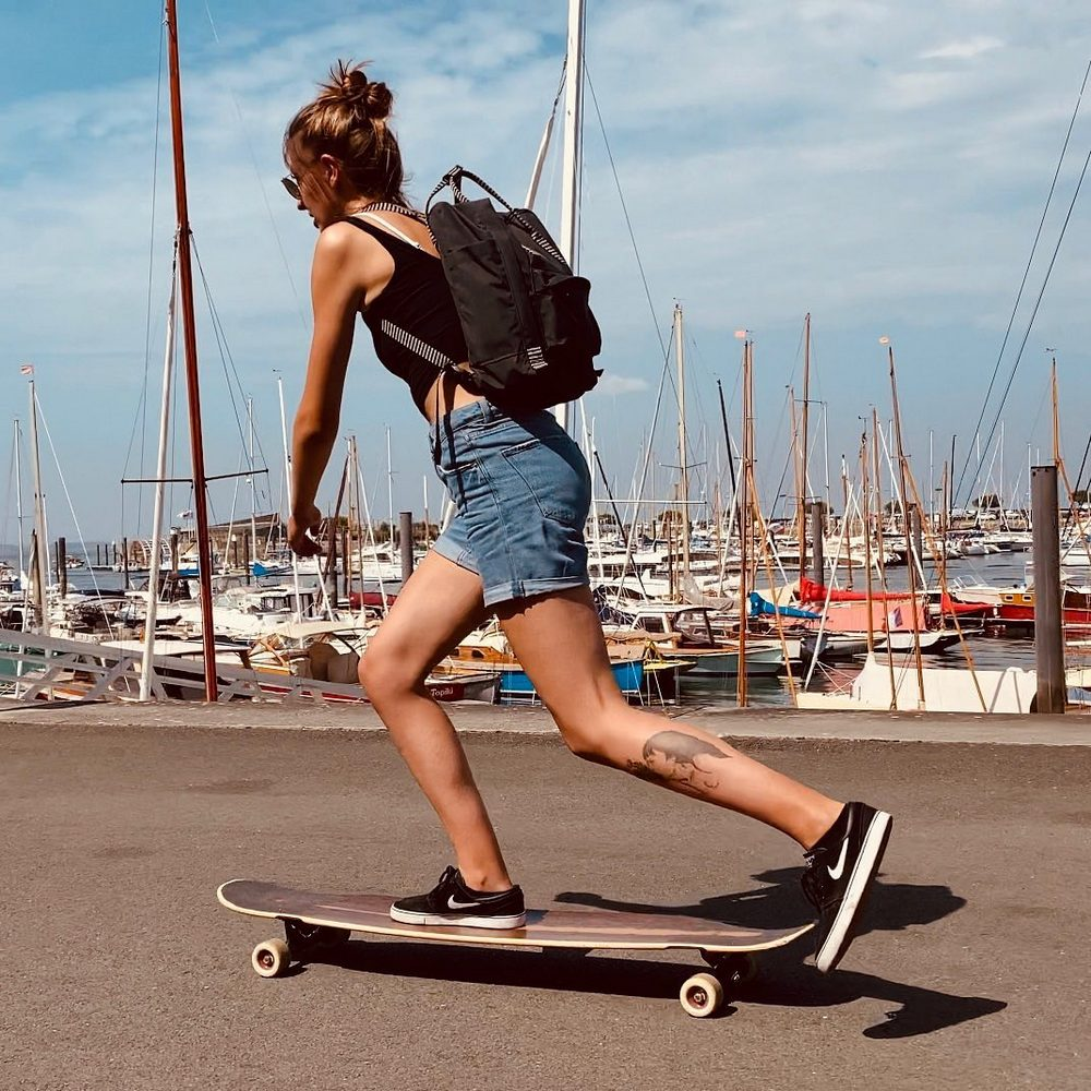 Pros and Cons of a Longboard